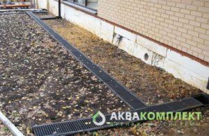Решетки готовой ливневой канализации на участке