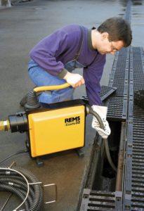 Современное оборудование для прочистки ливневой канализации